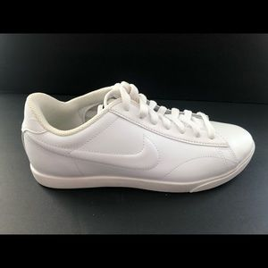 Nike all white tennis/court shoes size 8